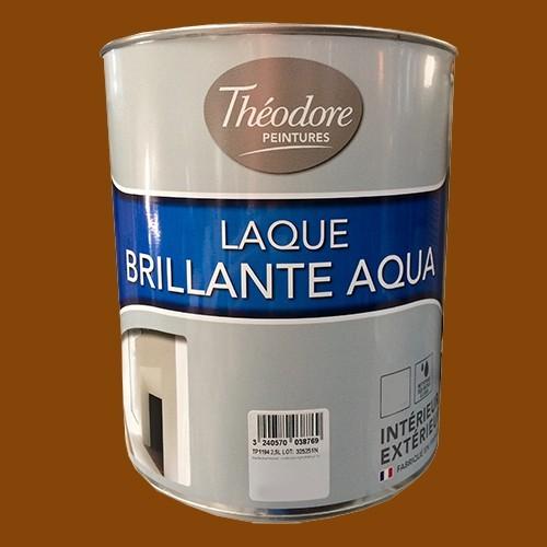 Théodore Laque Brillante Aqua Noisette
